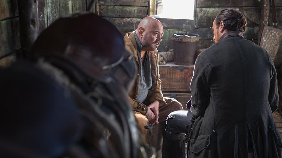 Black Sails: Toby Stephens e Mark Ryan nel settimo episodio della prima stagione