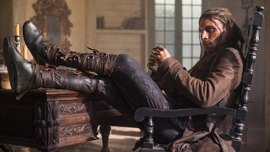 Black Sails: Zach McGowan nell'ottavo episodio della prima stagione