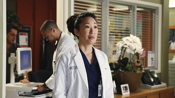 Grey's Anatomy: Sandra Oh in una scena dell'episodio Do You Know? della decima stagione