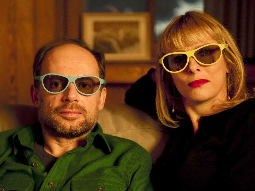 L'amour est un crime parfait: Denis Podalydès in una foto promozionale con Karin Viard