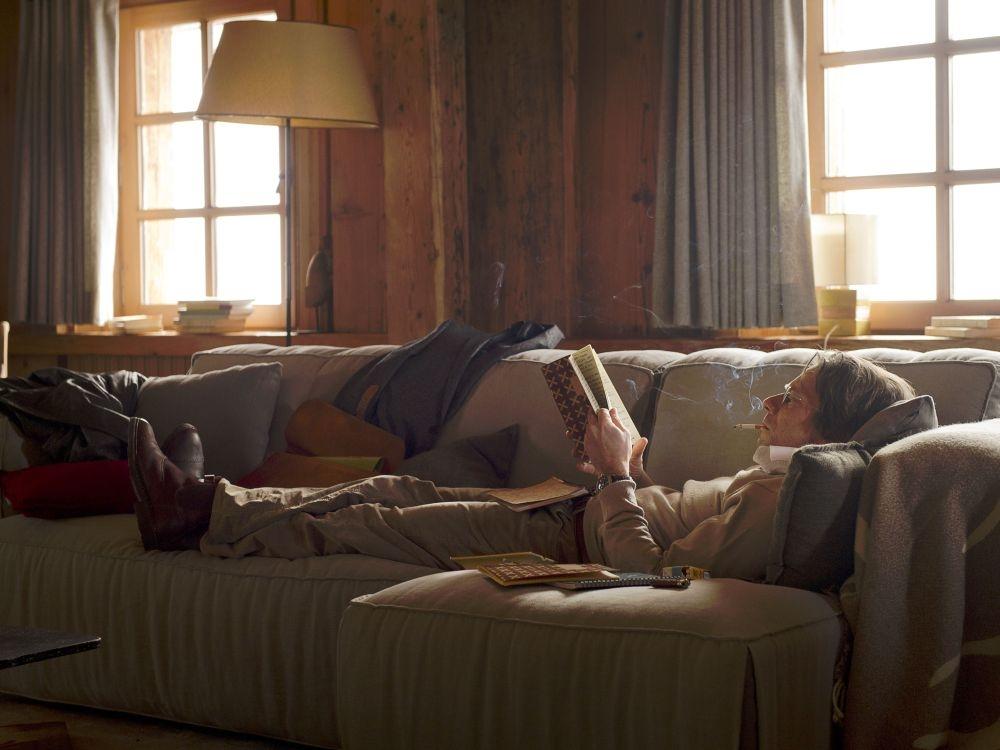 L'amour est un crime parfait: Mathieu Amalric in una scena del film nei panni del docente libertino Marc