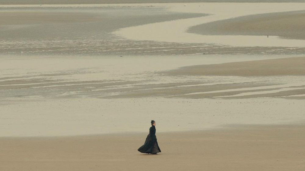 Un primo piano di Felicity Jones nei panni dell'amante di Charles Dickens in The Invisible Woman