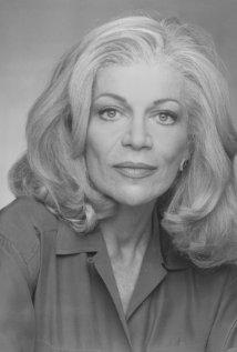 Una foto di Barbara Sinclair