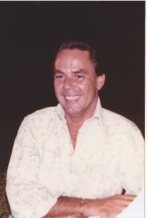 Una foto di Charles R. Davis
