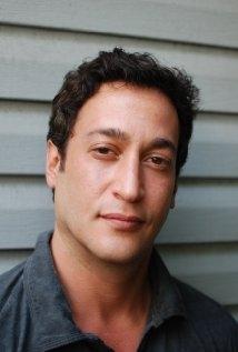 Una foto di Josh Phillip Weinstein