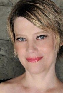 Una foto di Kellie Overbey