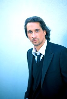 Una foto di Michael Easton