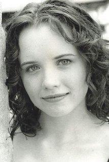 Una foto di Phoebe Strole