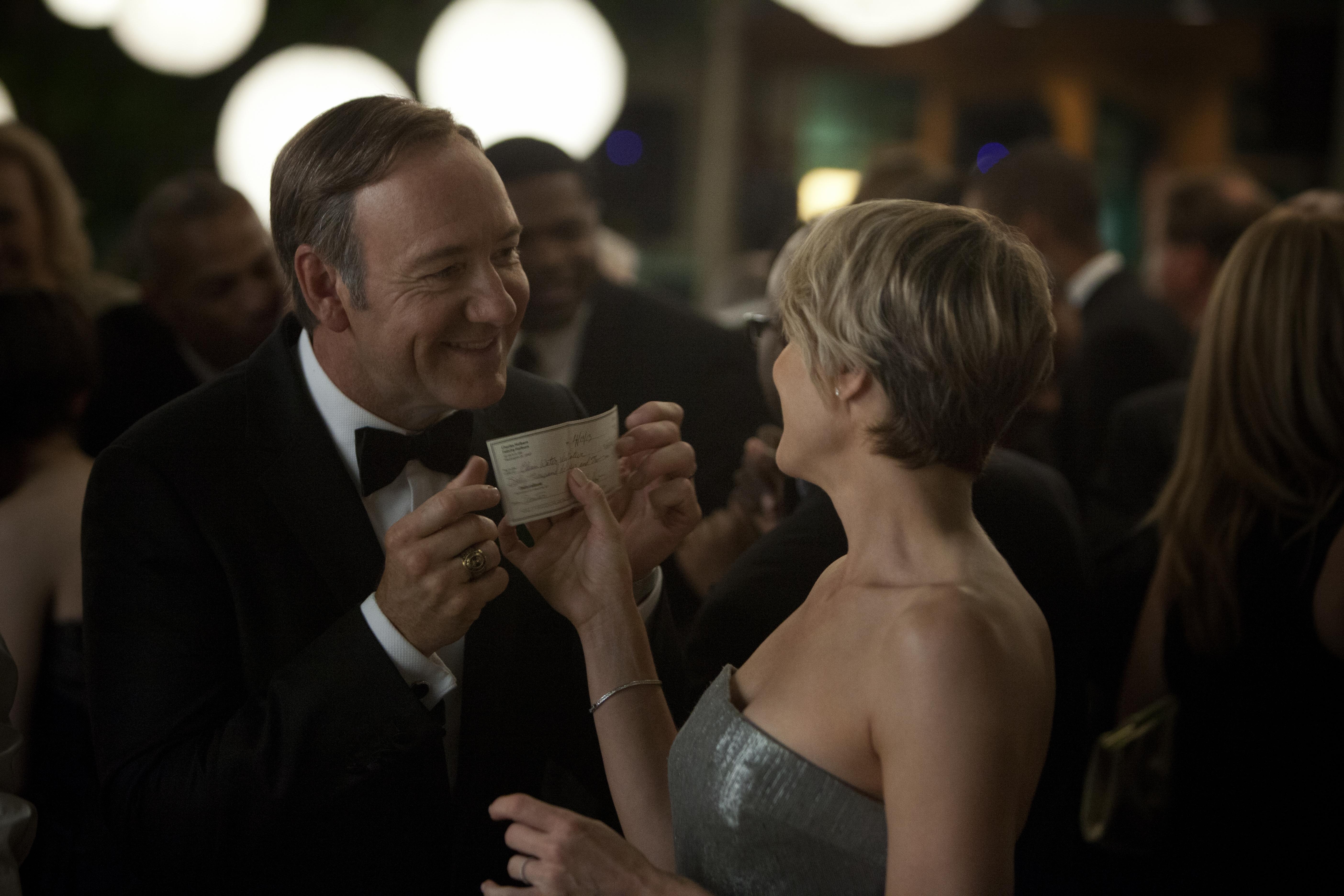 House of Cards: Robin Wright e Kevin Spacey in una scena della serie
