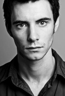 Una foto di Harry Lloyd