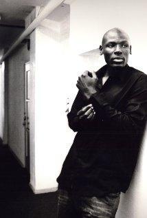Una foto di Robert Okumu