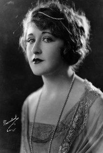 Una foto di Ruth Clifford