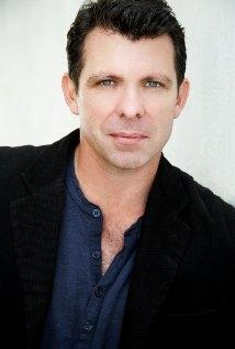 Una foto di Warwick Young