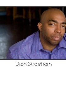 Una foto di Dion Strowhorn Sr.
