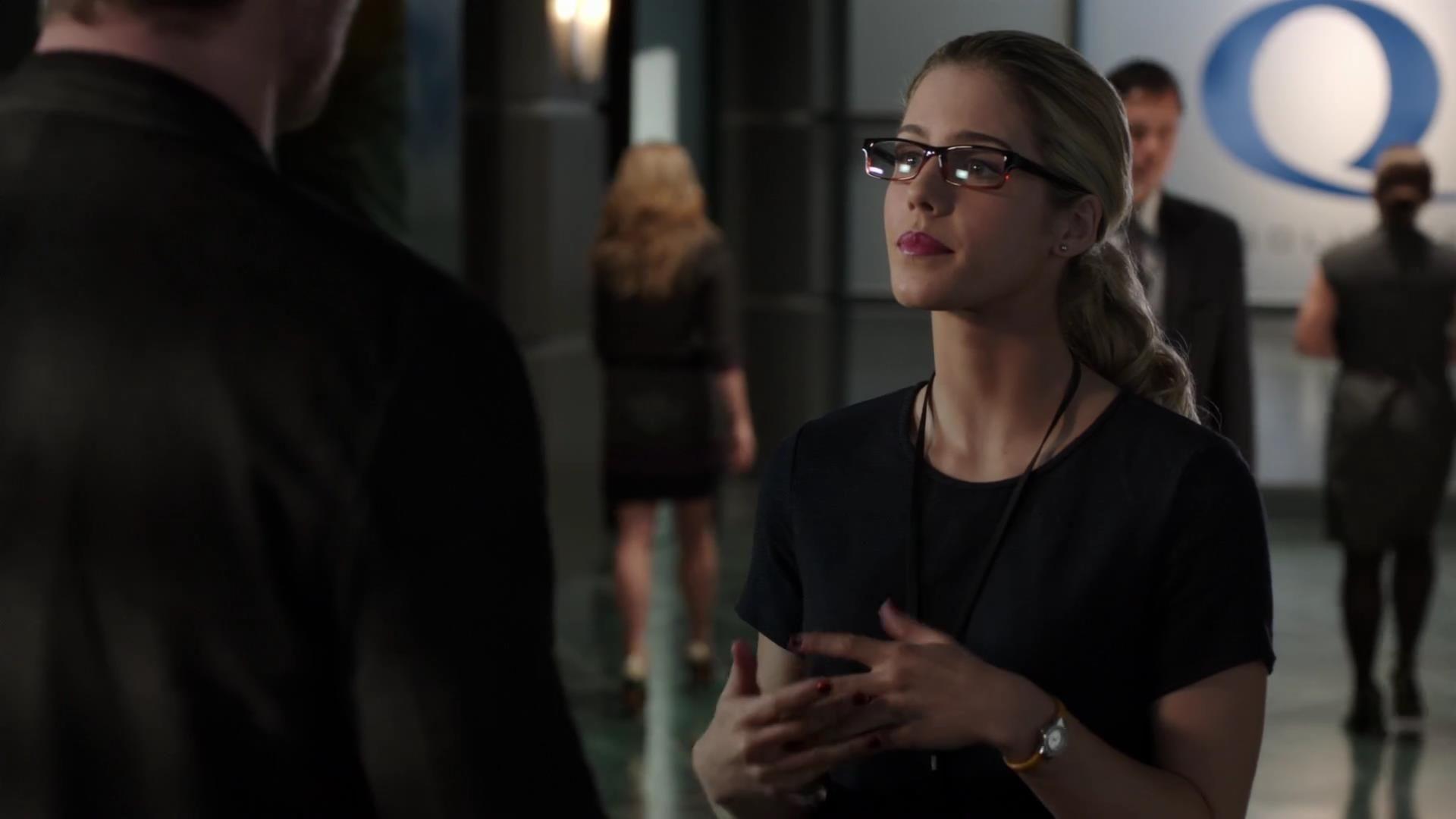 Arrow: Emily Bett Rickards nell'episodio Vertigine