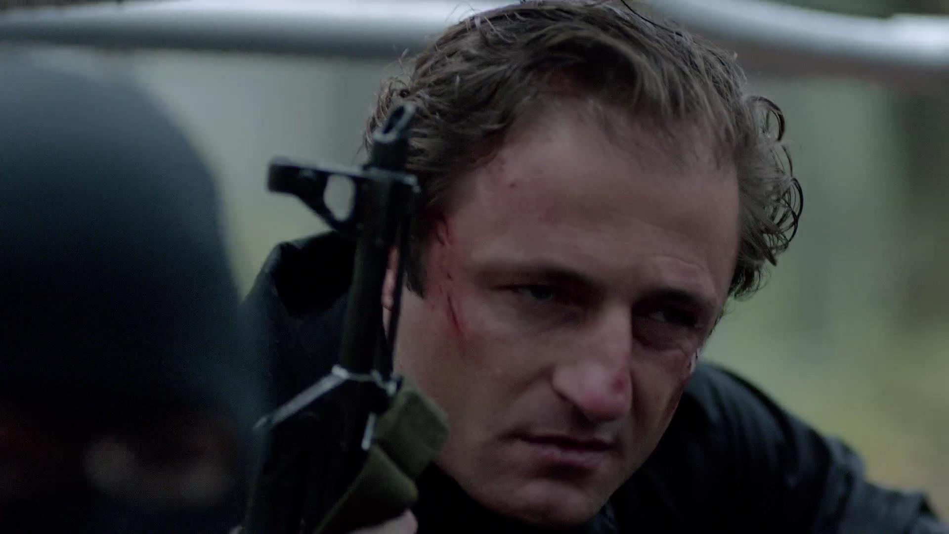 Arrow: Sebastian Dunn in una scena dell'episodio La prova, prima stagione