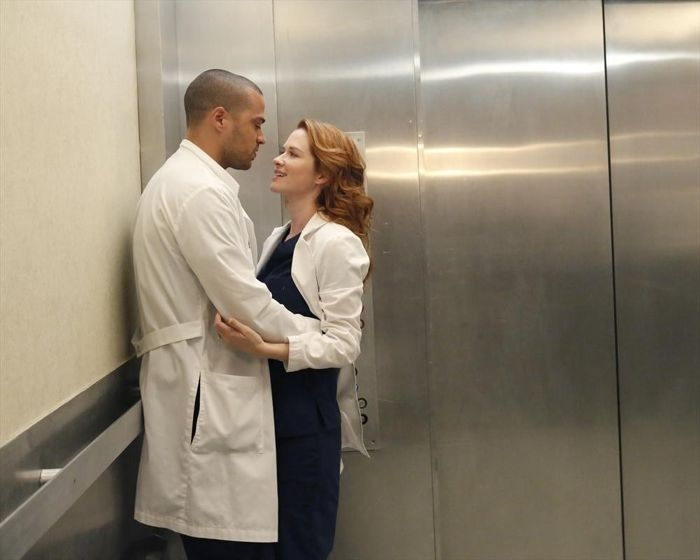Grey's Anatomy: Sarah Drew e Jesse Williams nell'episodio You Be Illin'