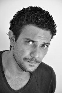 Una foto di Asser Yassin