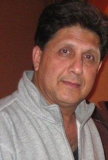 Una foto di Kanti Pandya