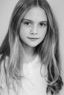 Una foto di Emilia Jones