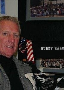 Una foto di Buddy Hale