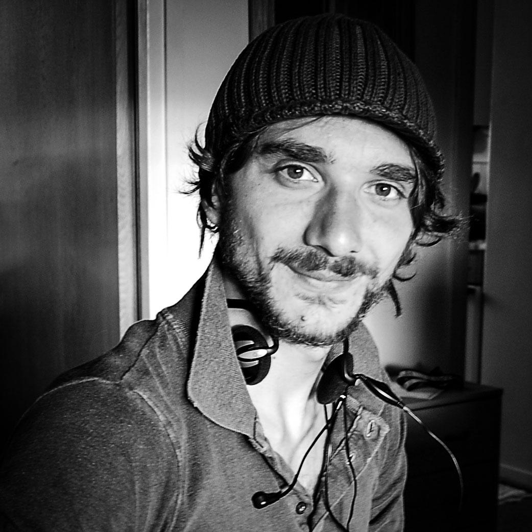 Terra di transito: il regista del documentario Paolo Martino