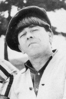 Una foto di Moe Howard