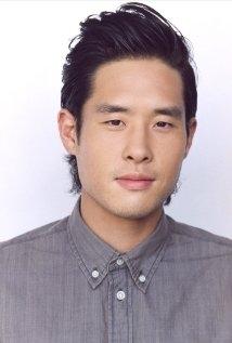 Una foto di Raymond Lee