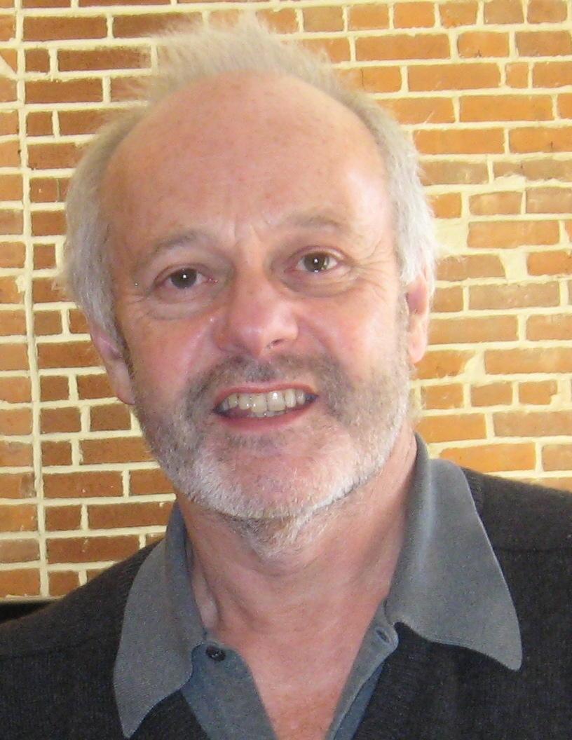 Michael Radford, regista di 1984 e Il postino, in una foto promozionale