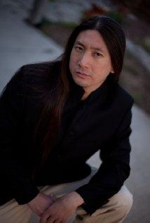 Una foto di Chris Yung