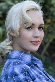Una foto di Jolee Blon