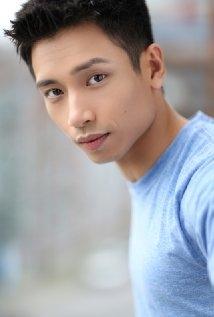 Una foto di Manny Jacinto
