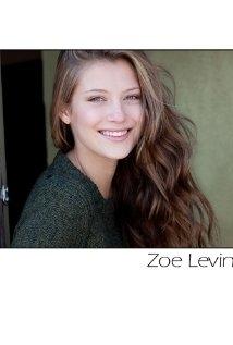 Una foto di Zoe Levin