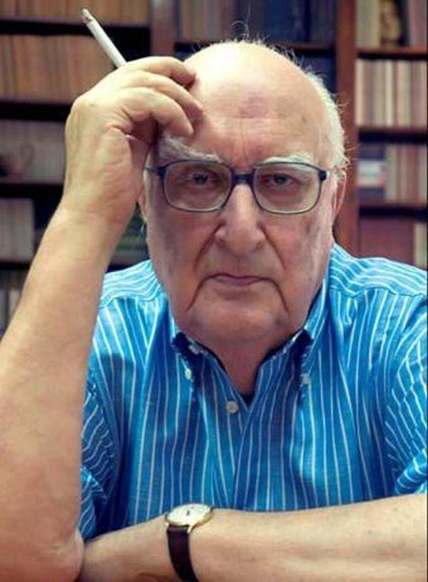 Andrea Camilleri in una foto promozionale