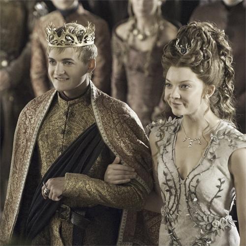 Il trono di spade: Jack Gleeson e Natalie Dormer nell'episodio The Lion and the Rose