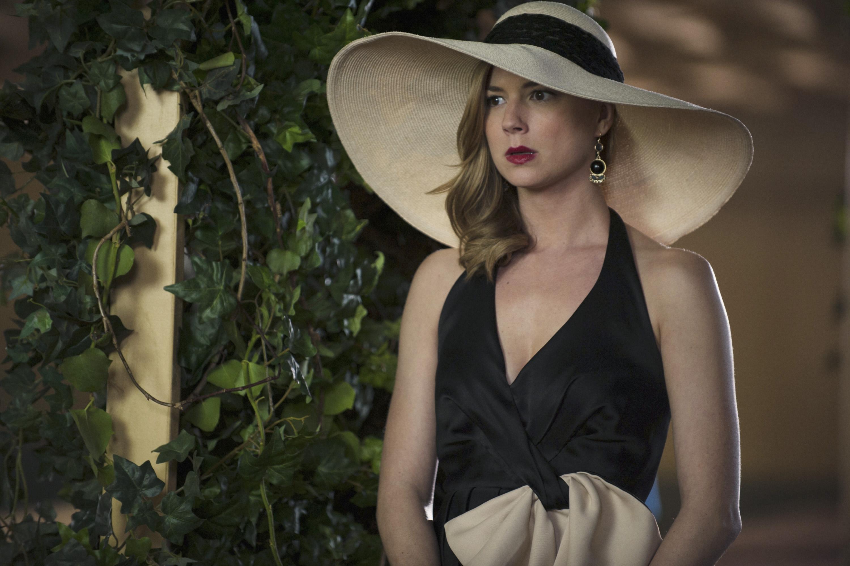 Revenge: Emily VanCamp in una scena dell'episodio Allegiance, terza stagione