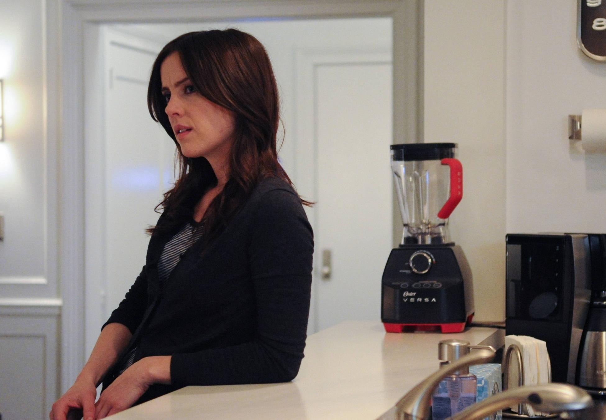 The Following: Jessica Stroup in una scena dell'episodio The Reaping