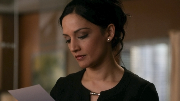 The Good Wife: Archie Panjabi in una scena dell'episodio A Material World