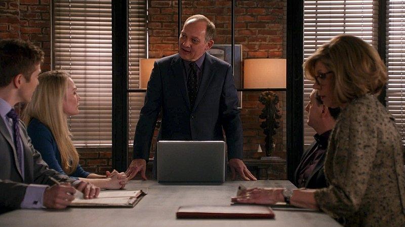The Good Wife: Zach Grenier in una scena dell'episodio A Material World