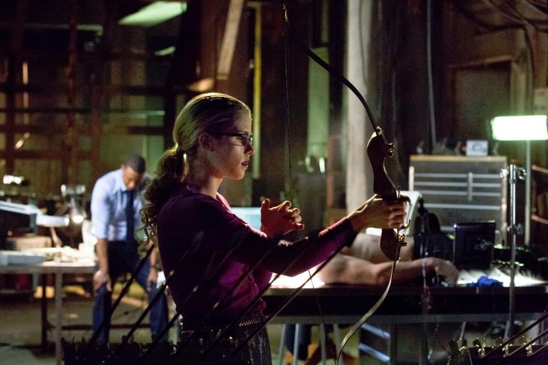 Arrow: Emily Bett Rickards in una scena dell'episodio Odissea