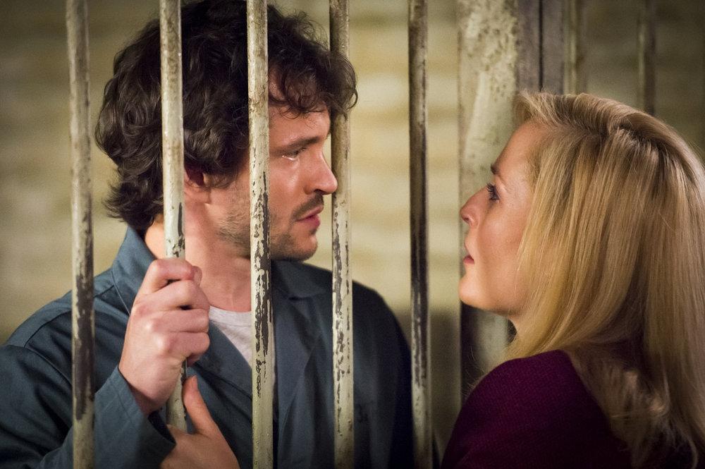Hannibal: Huhg Dancy e Gillian Anderson nell'episodio Sakizuki, della seconda stagione