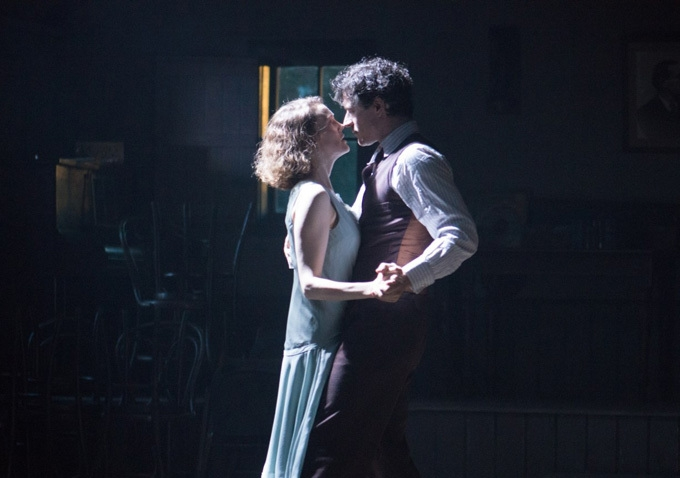 Jimmy's Hall: Barry Ward in una scena di ballo con Simone Kirby