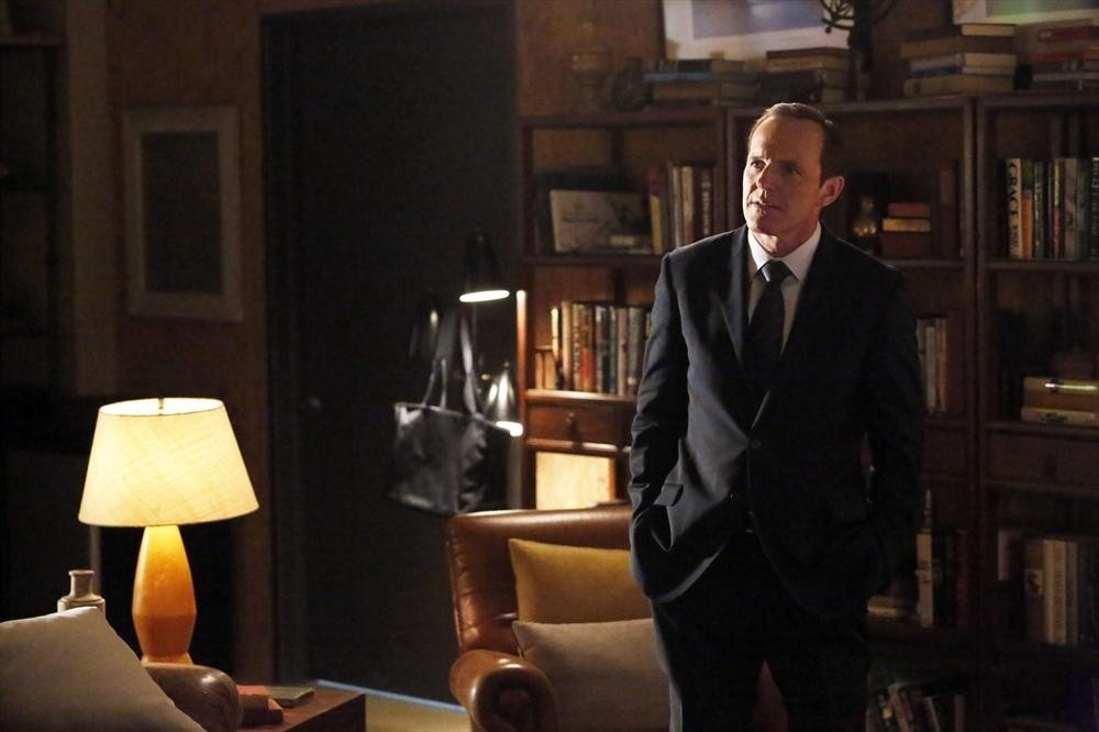 Agents of S.H.I.E.L.D.: Clark Gregg in Nothing Personal, prima stagione