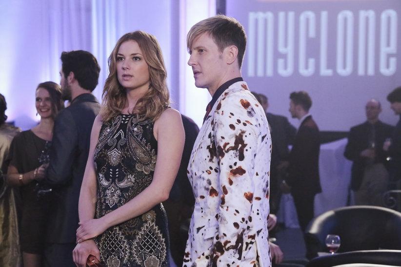 Revenge: Emily VanCamp in una scena dell'episodio Revolution, terza stagione
