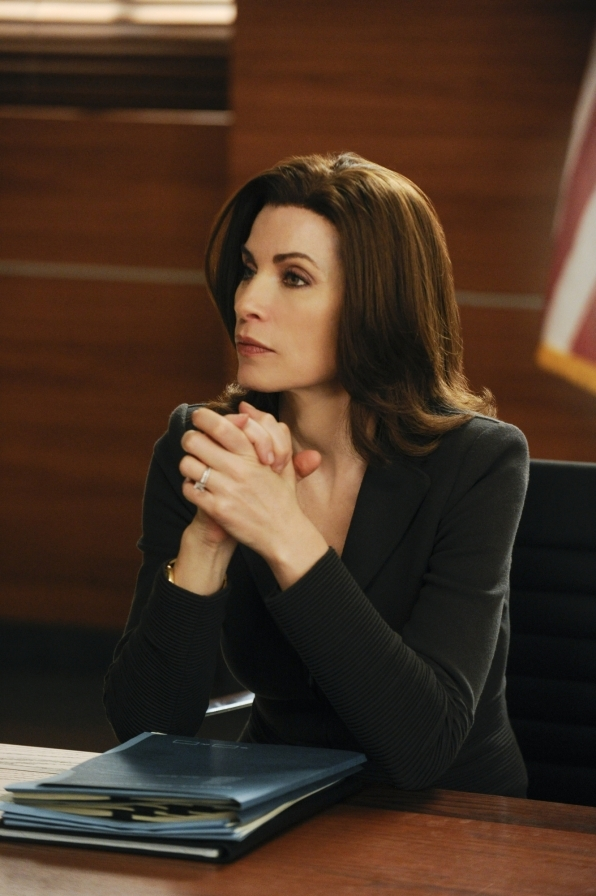 The Good Wife: Julianna Margulies nell'episodio All Tapped Out