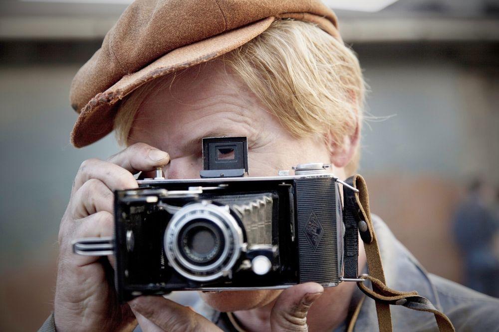 Il centenario che salt dalla finestra e scomparve una scena 367199 - Il centenario che salto dalla finestra e scomparve streaming ...