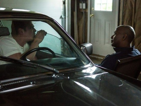 The Equalizer - Il vendicatore: Denzel Washington a colloquio con uno dei suoi informatori