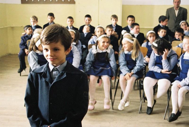 Timotei Duma (Lalalilu Matei) in 'Cum mi-am petrecut sfarsitul lumii' (2006)