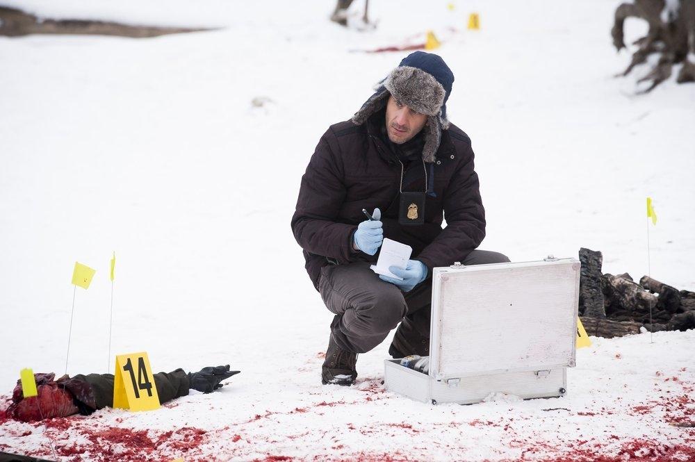 Hannibal: Aaron Abrams in una scena dell'episodio Shiizakana, seconda stagione