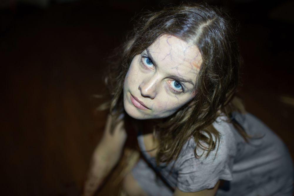 La stirpe del male: Allison Miller in un'inquietante immagine tratta dal film